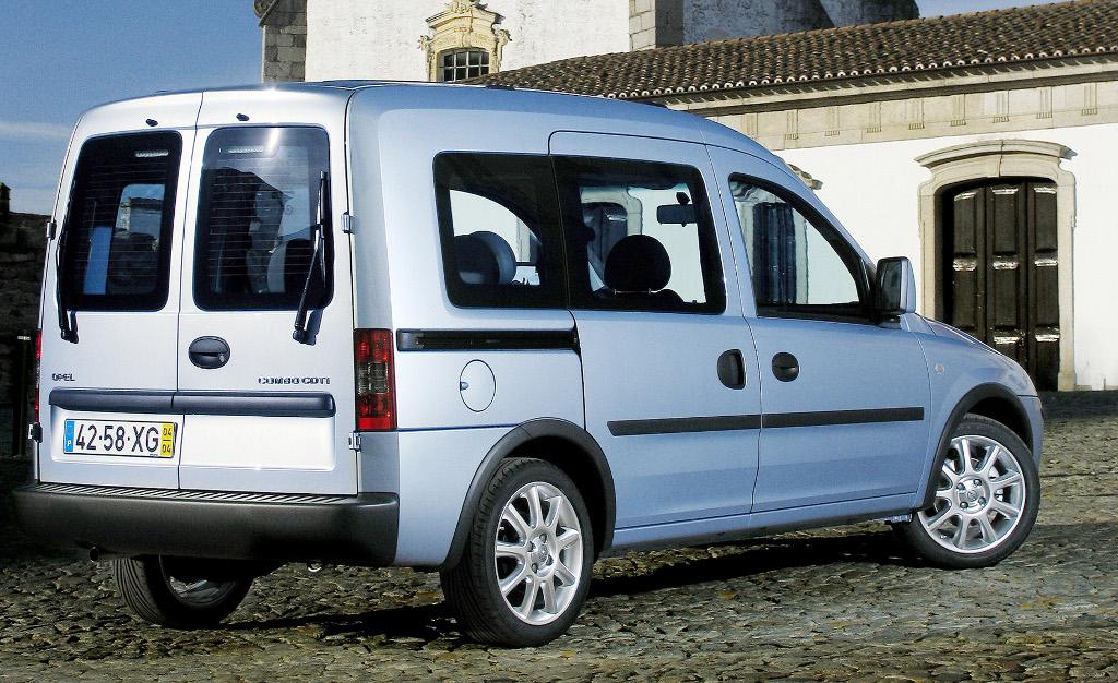 Opel Combo Tramp: Flexibler Reisen