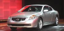 Nissan Altima auch als Coupé