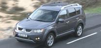 Mitsubishi Outlander:  Wüsten-Glanz für den Autobahn-Alltag