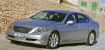 Toyota mit erster Acht-Gang-Automatik für höhere Effizienz