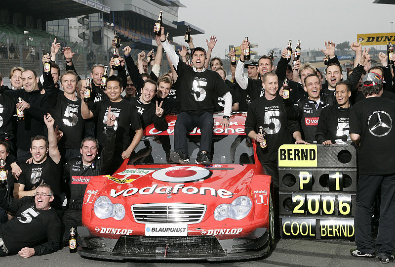 2000-2002: Endspurt im Titelkampf: Von Opel-Siegen und Audi-Benzin