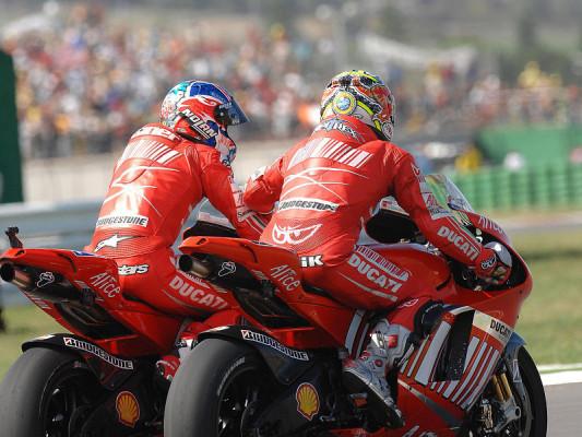 Rennen MotoGP: Stoner ist Weltmeister, Capirossi gewinnt