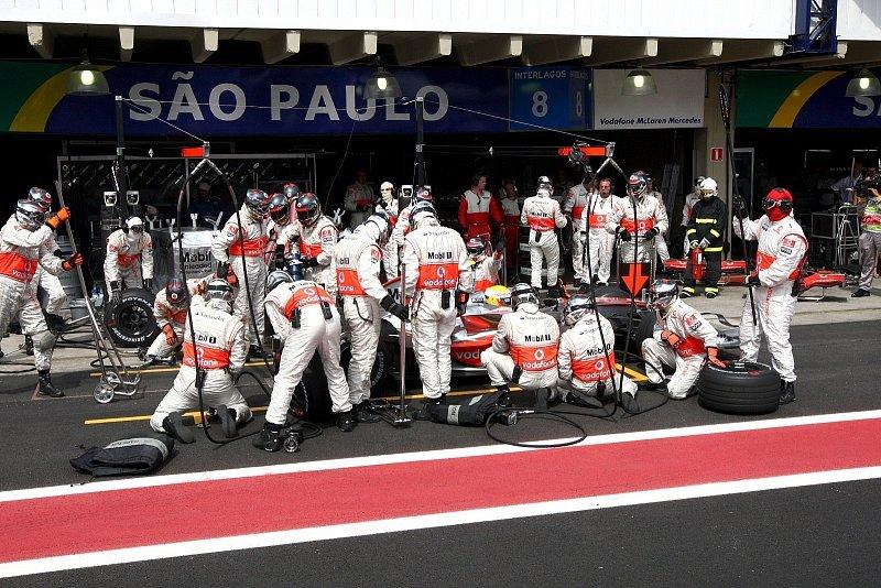 Ecclestone und Lauda kontra Dennis: Falsche Strategie-Entscheidung