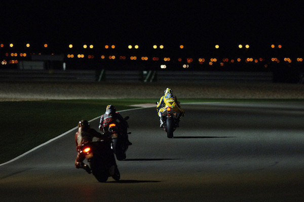 Nachttest erfolgreich: Dem Nachtrennen steht nichts mehr im Wege