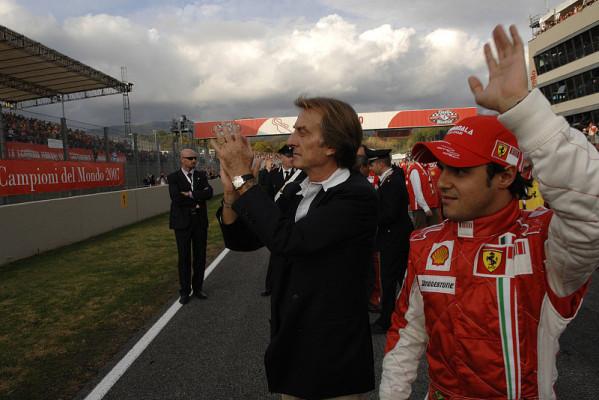 Alles gleich bei Ferrari: Die Nummer 1 klebt nur auf dem Auto