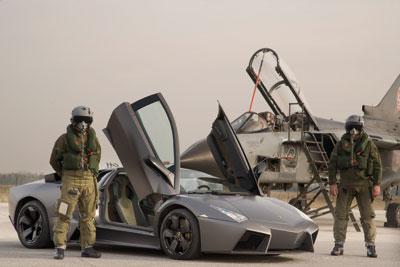 Lamborghini Reventón: 650 STIERSTÄRKEN – im Pilotensitz kein Problem