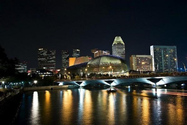 Singapur-Zeitplan steht: Um 20:00 Uhr geht es los