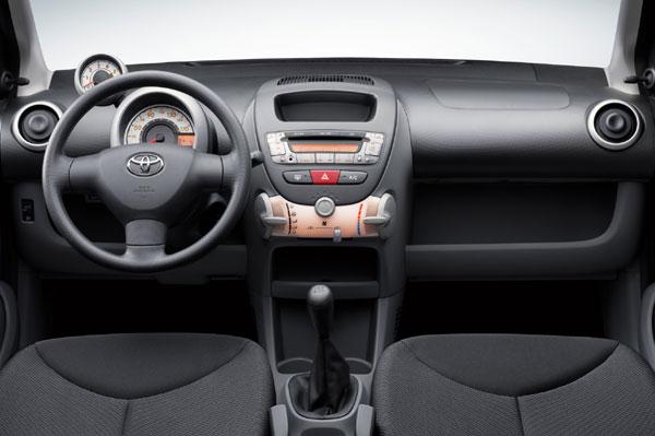 Toyota Aygo - Innenraum