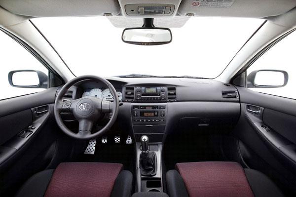 Toyota Corolla - Innenraum