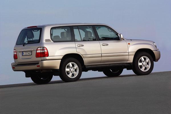 Toyota Land Cruiser 100 - Heckansicht