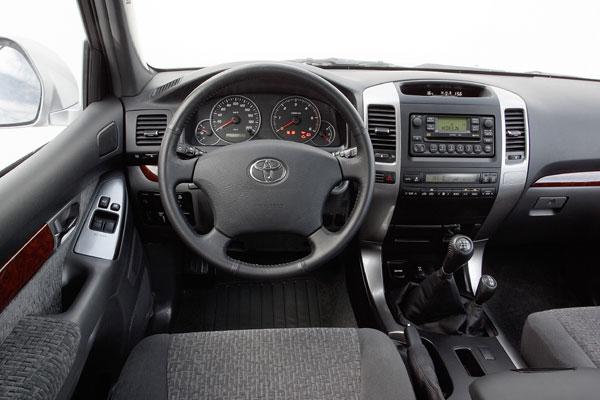 Toyota Land Cruiser - Innenraum
