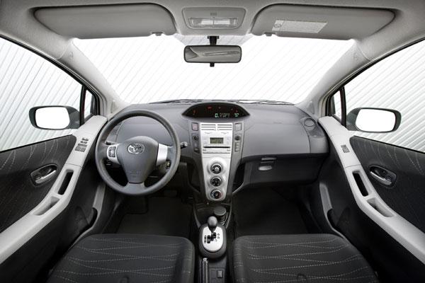 Toyota Yaris - Innenraum