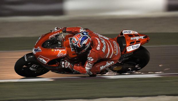 1. Training MotoGP: Stoner legt vor