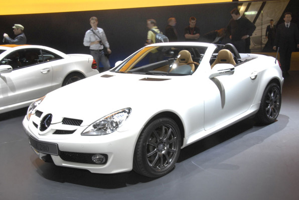 Bei Mercedes-Benz stehen Sportlichkeit und Sparsamkeit im Mittelpunkt