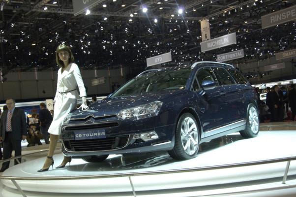 C5 und Berlingo: Citroën zeigt die neuen Modelle kurz vor Markteinführung