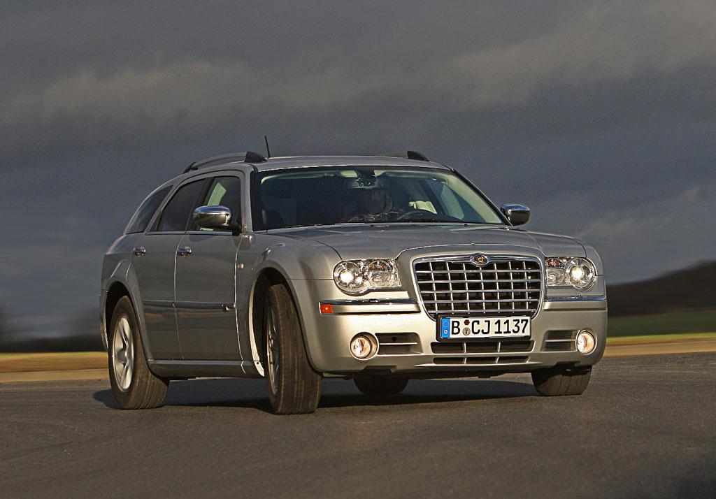 Fahrbericht Chrysler 300 C Touring 3.0 CRD: Die Masse macht's