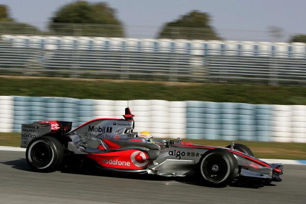 Jerez, Tag 2: Hamilton führt