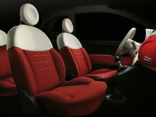 Johnson Controlls liefert Interieur für Fiat 500