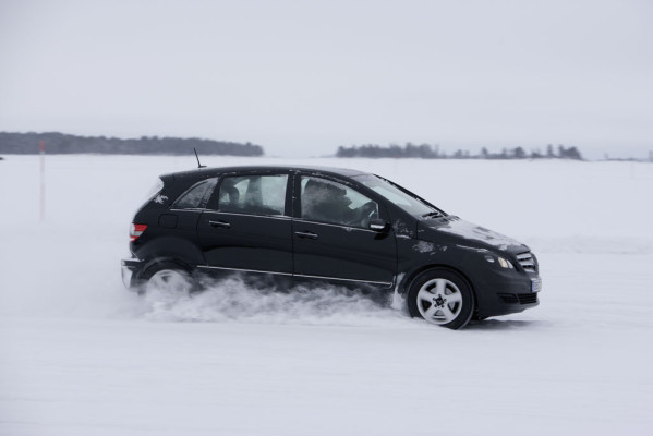 Mercedes-Benz B-Klasse F-Cell im Wintertest