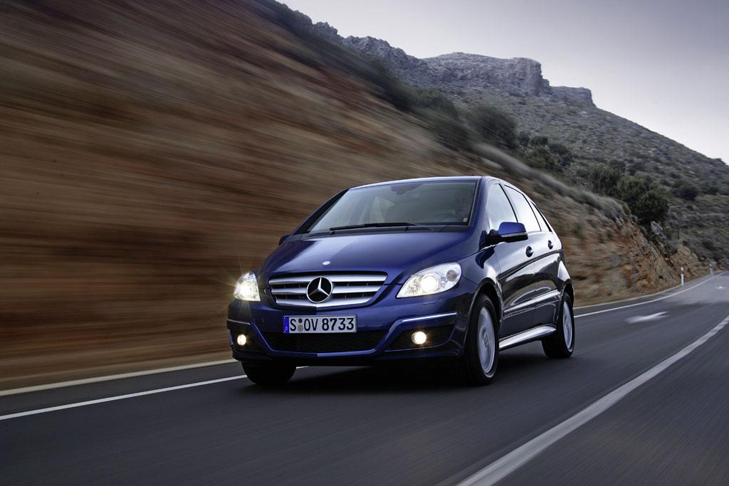 Mercedes-Benz B-Klasse mit Start-Stopp-Automatik und Erdgas