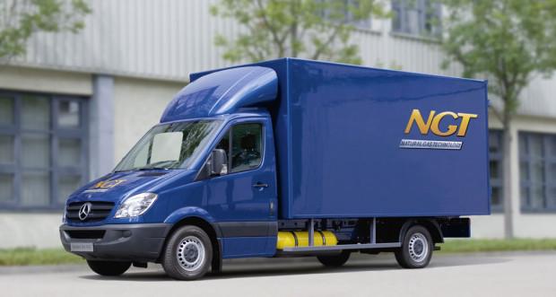 Mercedes-Benz bietet den Sprinter mit Erdgas an