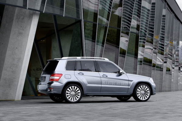 Mercedes-Benz zeigt in Genf GLK-Hybrid-Studie
