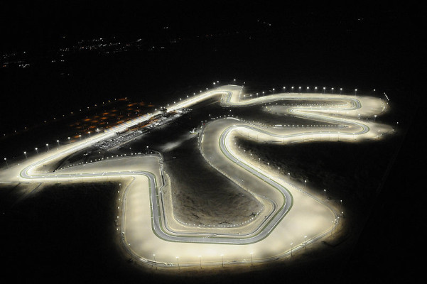 Rennen MotoGP: Stoner dominiert die Nacht