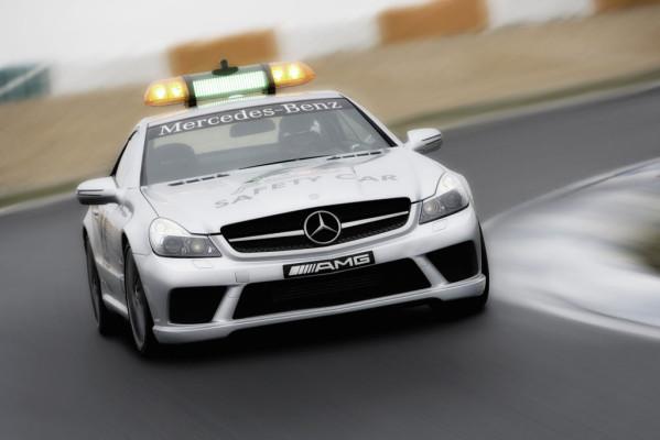 SL 63 AMG und C 63 AMG T-Modell: Maximale Sicherheit für alle 18 Formel 1 Rennen
