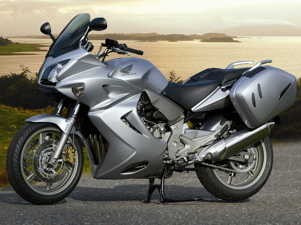 "Sondermodell Honda CBF 1000 ""Silverline"""