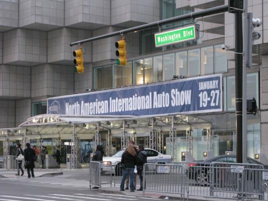 Starker Euro: Lohnt das Auto aus den USA?