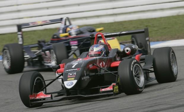 Volkswagen startet mit zwei Podiumsplätzen in die Formel 3