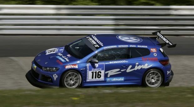 Beim 24-Stunden-Rennen Klassen-Doppelsieg für den neuen Scirocco