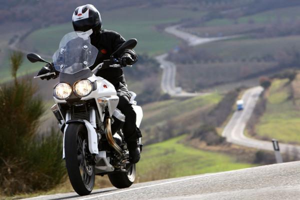 Fahrbericht Moto Guzzi Stelvio 1200: GS auf Italienisch