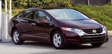 Honda führt Hybridfahrzeug weltweit ein