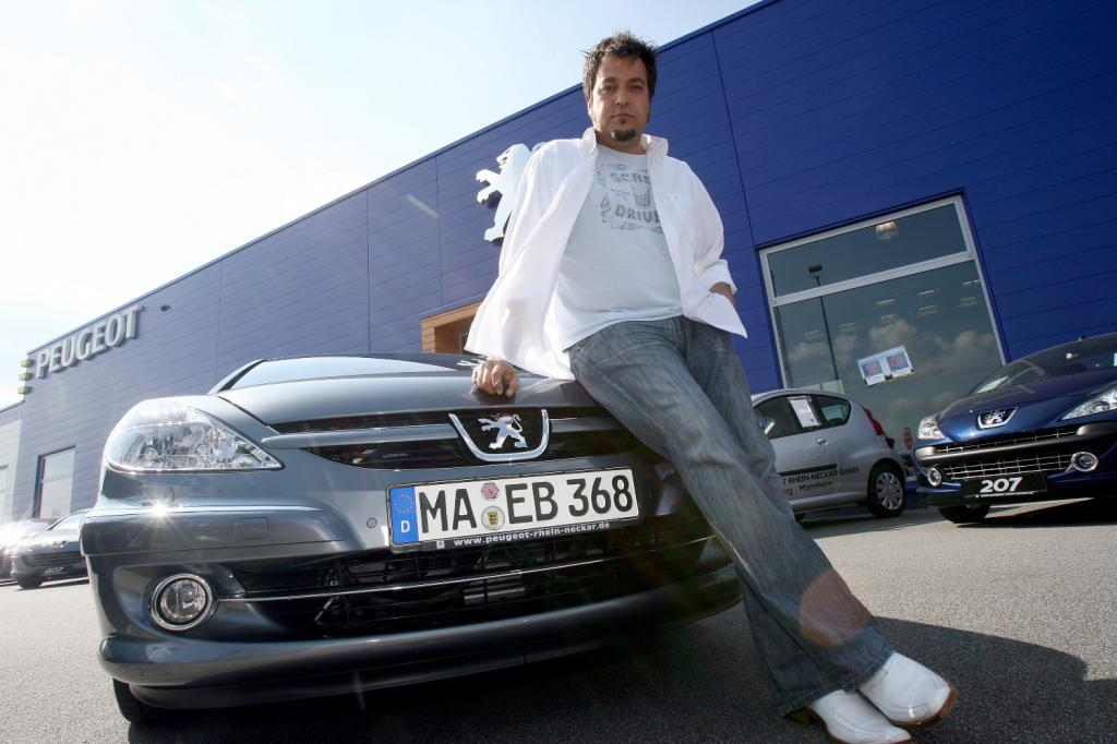 Laith Al-Deen fährt Peugeot 607