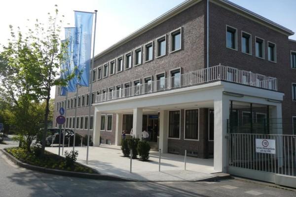 Mercedes-Benz weiht Gesundheitszentrum ein