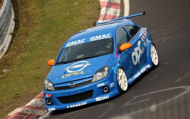 Opel OPC Race Camp geht in die letzte Runde