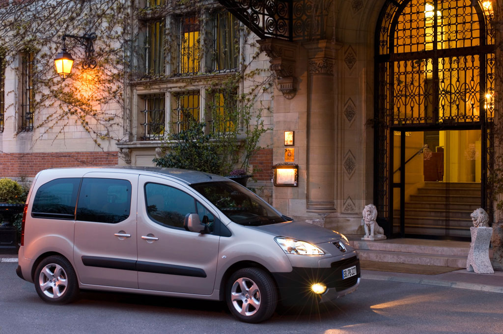 Peugeot Partner Tepee mit viel Raum für Gepäck und Passagiere