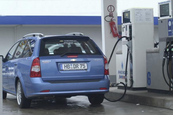 Autofahrer kaum über Gas-Fahrzeuge informiert