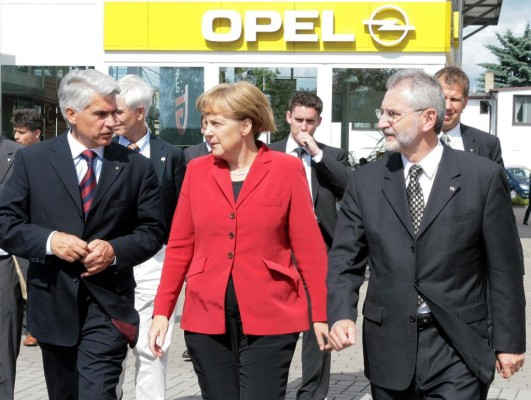 Bundeskanzlerin Merkel trifft Opel-Chef Demant auf Rügen