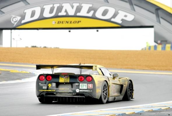 Corvette erreicht in Le Mans zweiten und dritten Rang