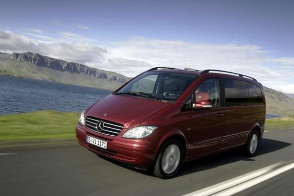Mercedes-Taxis für London