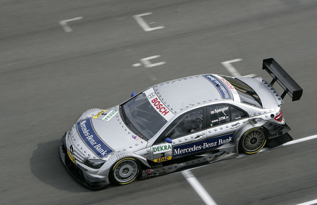 Mercedes im Training vor Audi: Bunt gemischt