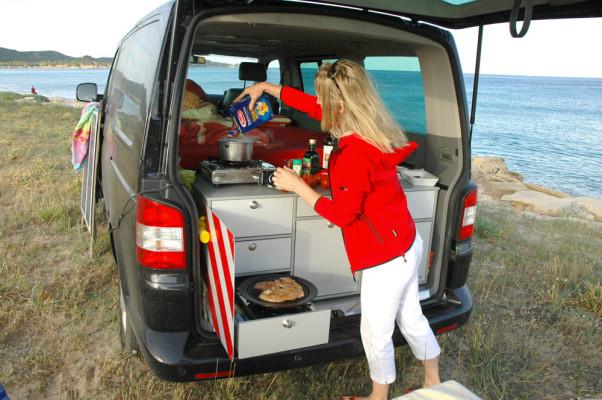 Mobile Fahrzeugeinrichtung für Vans und Transporter