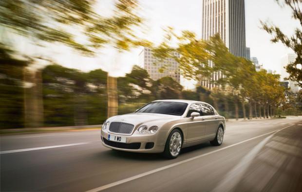 Neuer Bentley Continental Flying Spur Speed ist 322 km/h schnell