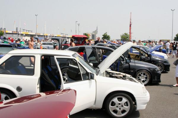 Opel-Treffen mit allen Extremen - Hitze, Regen und neuer Rekord