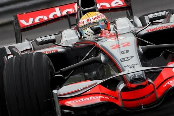 Qualifying: Hamilton überlegen auf Pole