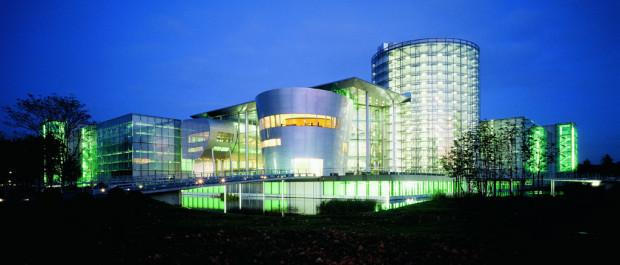 VW: Gläserne Manufaktur schließt kulturelle Partnerschaften
