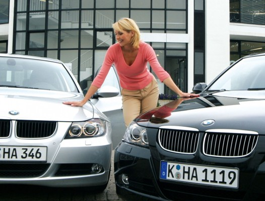Verheugen: Autos werden in vier Jahren mindestens 2000 Euro teurer