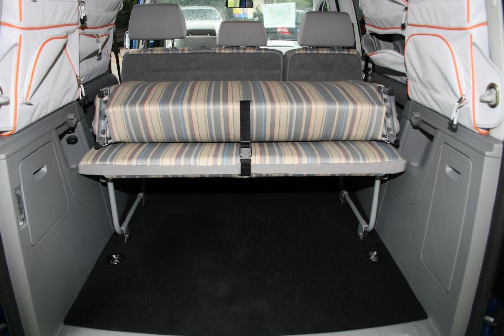 volkswagen caddy maxi life tramper 2 0 tdi reisebett mit. Black Bedroom Furniture Sets. Home Design Ideas